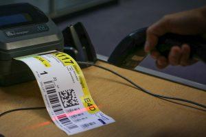 Pallet tracking label scanning